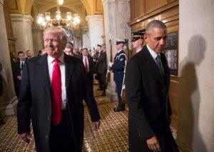 """川普赞经济增长 向奥巴马展示""""魔棒"""""""