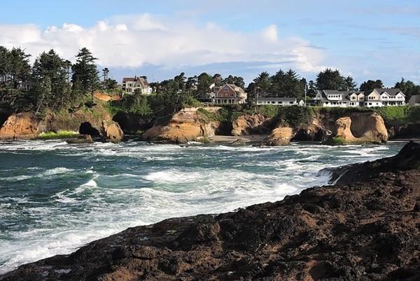 美俄州海邊野餐 華裔夫婦遭巨浪捲走身亡