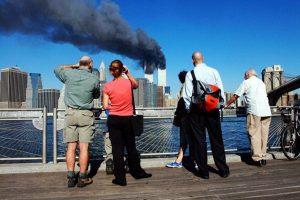 911恐襲事件17週年 世貿大樓被撞駭人瞬間(視頻)