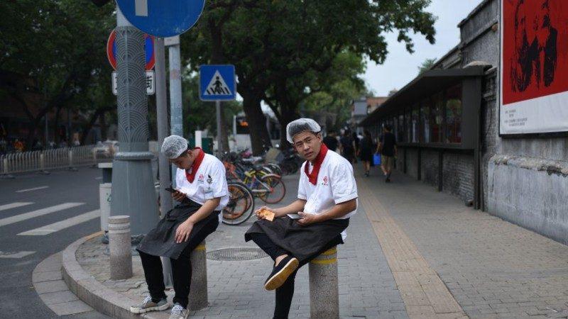 中共还能扛多久?摩根大通发布中国贸战失业数据