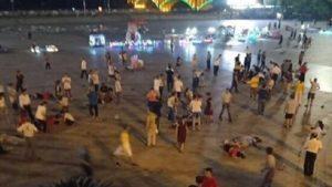 湘男疑报复社会 闯车进广场乱撞 至少55死伤