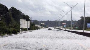 佛羅倫斯減弱 洪水肆虐已釀16死