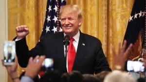 川普宣布24日起加徵10%關稅 年底升至25%