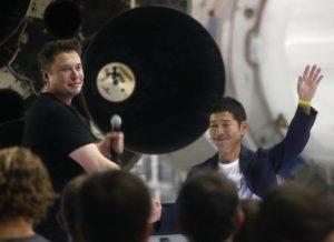 首位奔月神秘乘客 SpaceX:日本亿万富豪