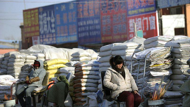 """陆智库释危险信号:中国贫富差距超""""破坏拐点"""""""