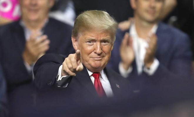 川普攻势不断 推文抨击中共干预美国大选