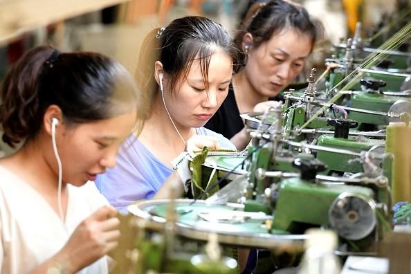 贸易战升级冲击中国6产业 近5成为外资企业