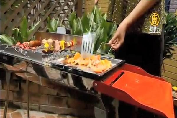 烤肉利器 一秒生火、串肉利器登热搜