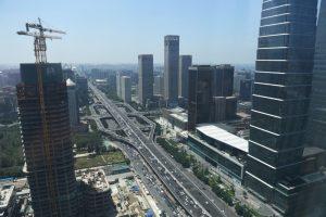 外媒:內憂外患雙重夾擊 大陸企業債台高築