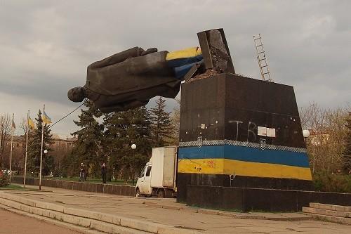 「再撐一天超蘇聯」 網民給中共數日子微博遭秒刪