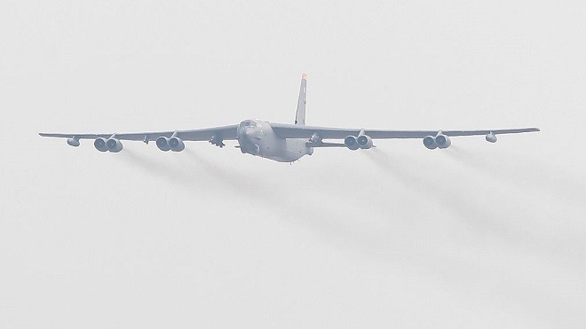 罕見透露 美軍B-52與日戰機在東海釣魚台軍演
