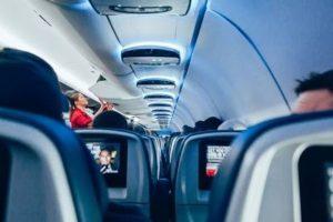空姐告訴你:經濟艙也有商務艙的好服務
