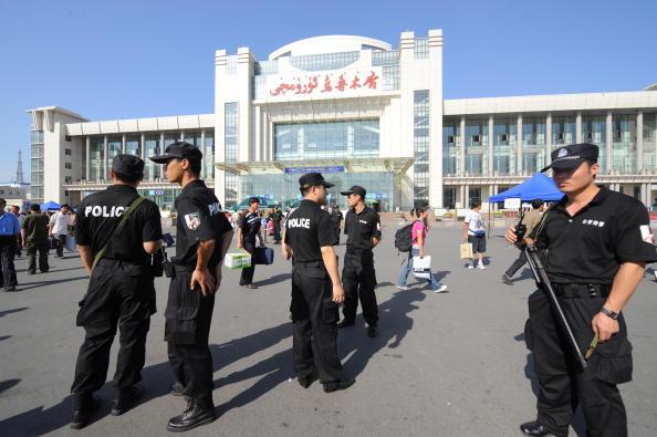 新疆有大事發生?鐵路突然暫停售票原因不明
