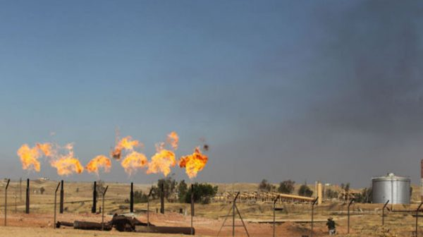 害怕美国制裁 路透:中共11月未订购伊朗原油