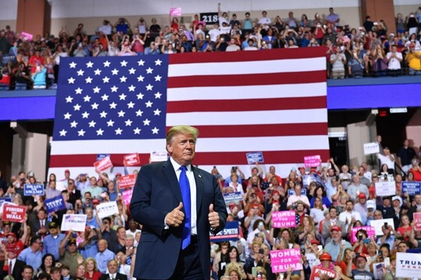 民调:美中贸易战有助川普争选票