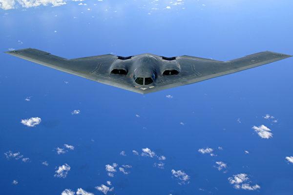 美军B-2隐形轰炸机 首次常态化部署夏威夷