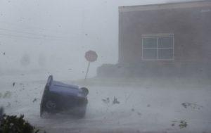50年最强飓风迈克尔登陆佛州 全州进入紧急状态