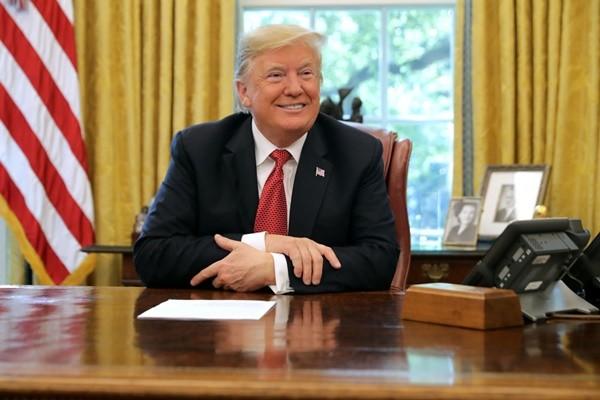 川普成白宫真正发言人 11天回答300多个提问