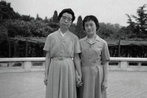 李志綏:毛澤東一死,他的兩個女人就笑了