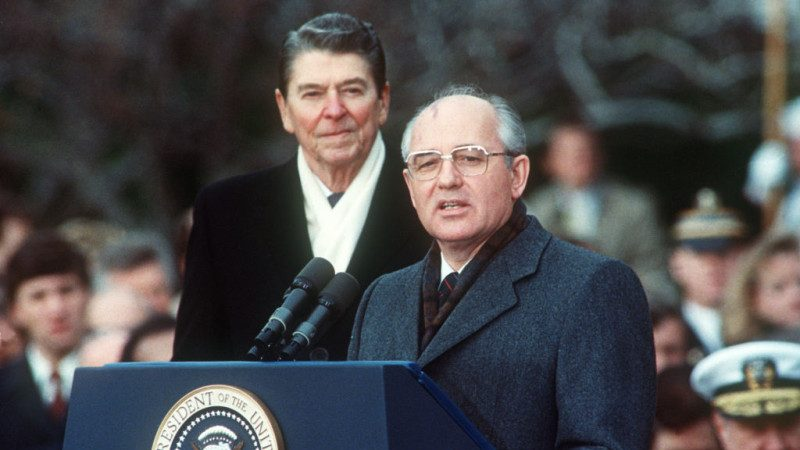 美国安顾问访俄 拟告知将退出1987年飞弹条约