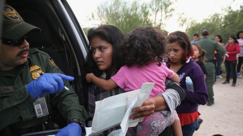 美支付非法移民生育費驚人 遠超築邊境牆資金
