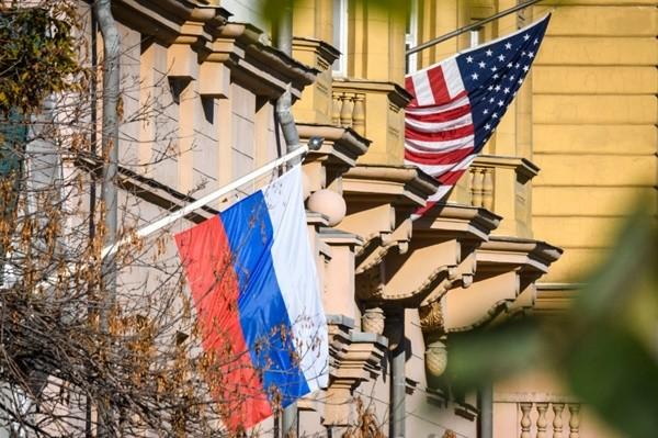 川普欲退出《中导条约》 俄表态愿与美方合作挽救条约
