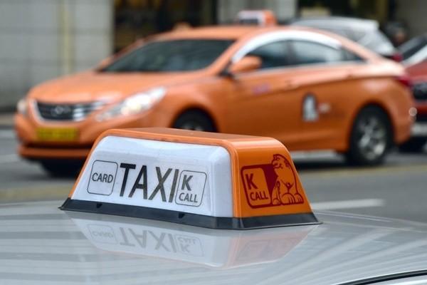 防敲诈 韩国计程车将引进扫码支付 可用支付宝付款