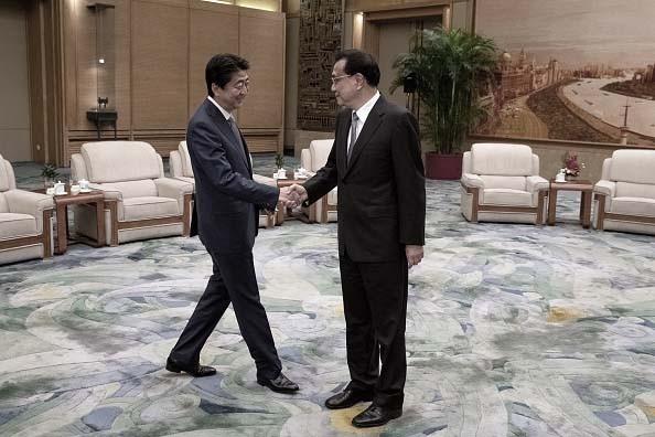 """外媒:安倍访华另有打算 北京让步换""""友好"""""""