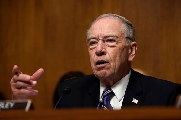 卡瓦诺风波未平 美参议员吁调查指控者是否涉伪证
