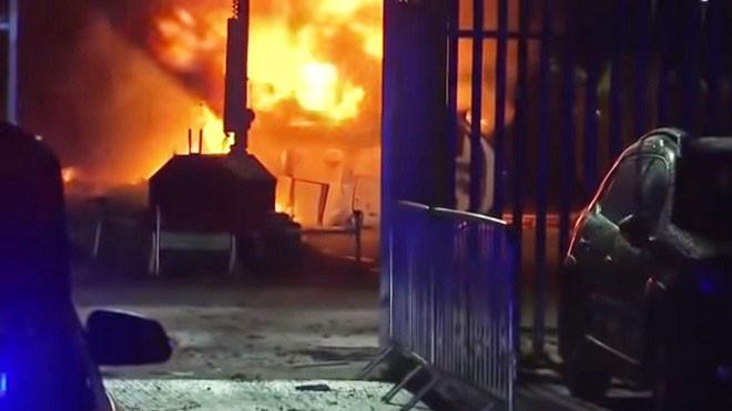 英超球队老板直升机坠毁 火球吞噬机体伤亡不明(视频)