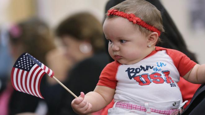 川普拟签行政令 废止美国公民出生地原则