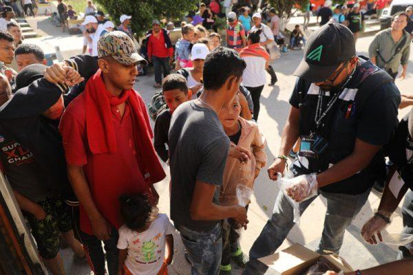大篷車移民開槍襲警 墨西哥警察逮捕2人