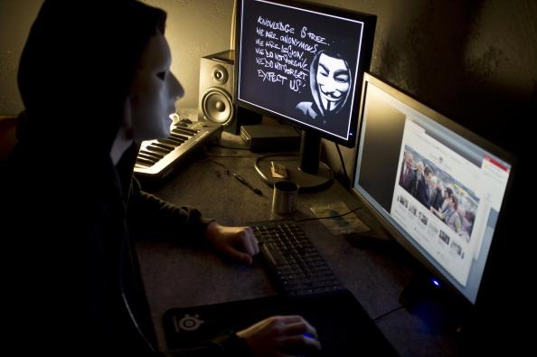 情報官警告:中共秘密網軍 正攔截破譯全球通訊