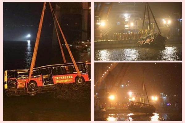 重庆坠江公交打捞出水 官方未通报确切死亡人数(视频)