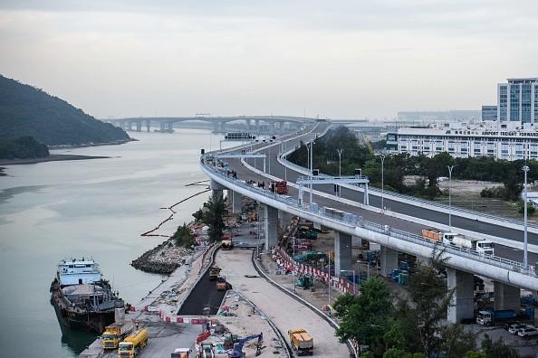 港珠澳大橋造假案 兩人被判入獄