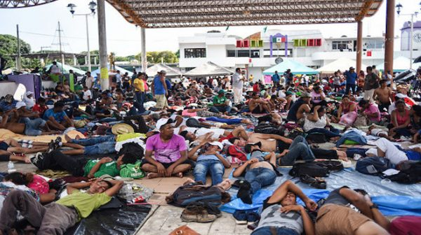 中期選舉結束 大篷車移民嘎然止步逾百人消失