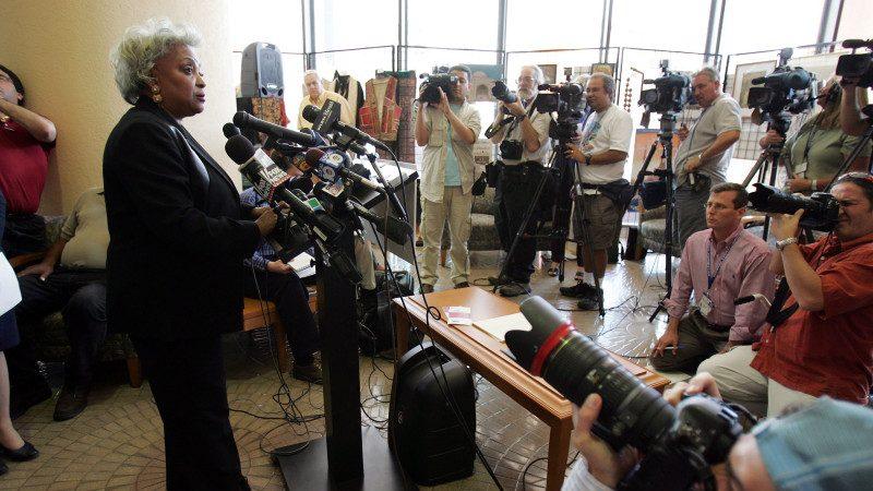 佛州布县选举官15次被控舞弊 川普:历史可怕
