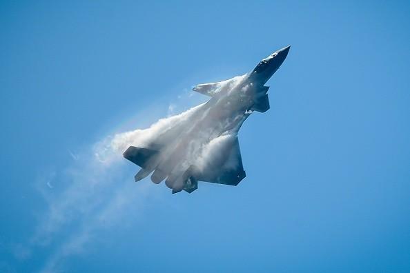 俄专家评歼20:大量山寨美俄技术 最大成功是拼凑