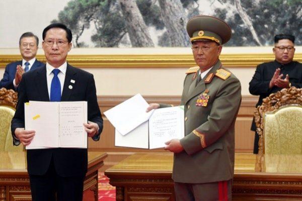 落实军事协议 韩朝各拆10哨所建筑