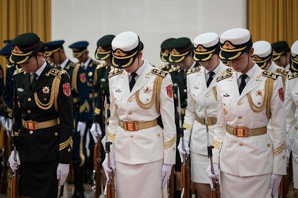 北京軍改祭新規 總參特招數百「六陪女郎」成話題