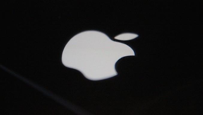 貿戰效應顯 粵蘋果供應商裁員8千引爆萬人示威