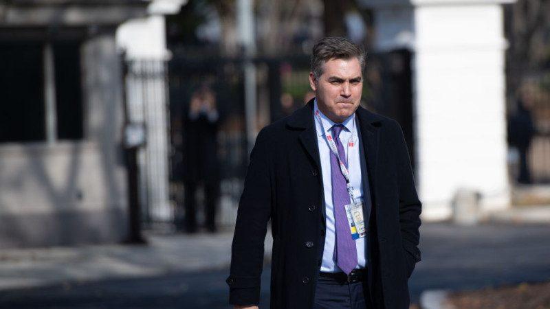 法官临时裁决恢复CNN记者通行证 白宫回应