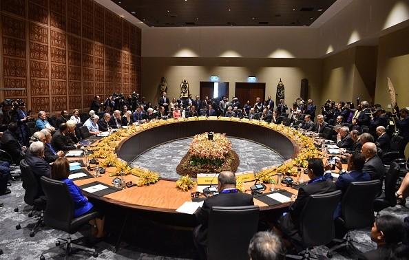 中共耗巨資操控APEC失敗 外媒:拿走糖衣退回炮彈
