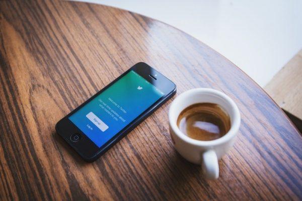 中共清網延伸海外自媒體 要求推特文章逐條刪除