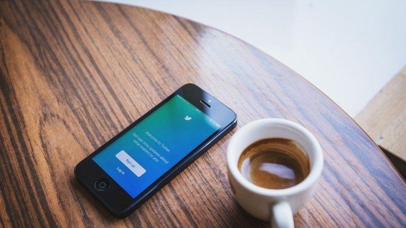 中共清网延伸海外自媒体 要求推特文章逐条删除