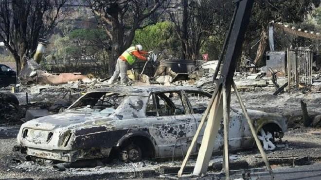 北加坎普野火全面控制 南加馬里布居民返家