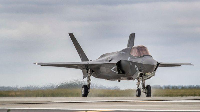 日擬花逾兆日圓增購百架F-35 改裝準航母搭載戰機