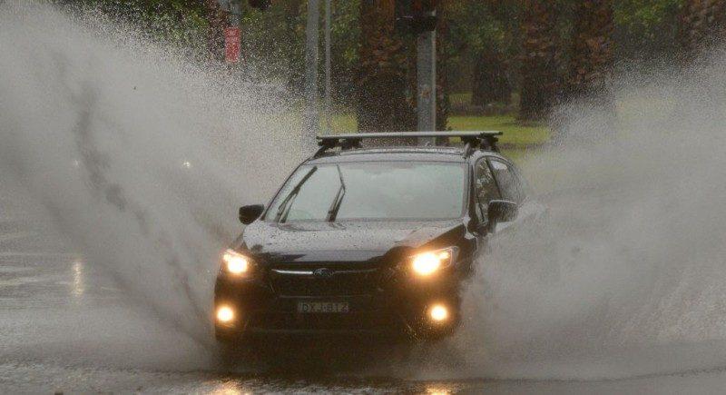 悉尼1小時降近1個月大雨 海陸空交通大亂