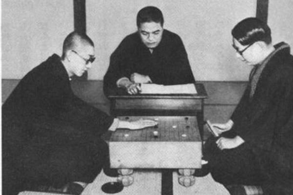 歷史上的今天,11月30日:吳清源——棋子上的黑白人生