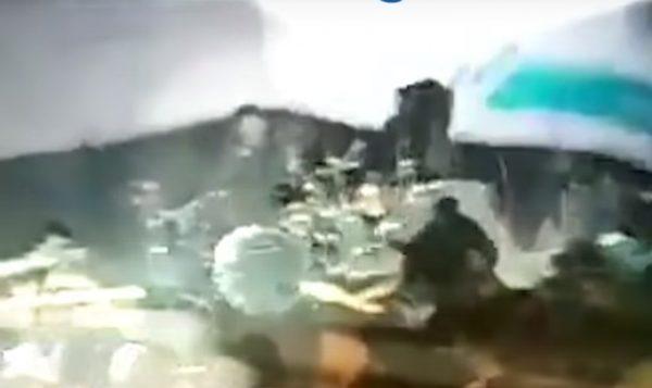 印尼海啸 乐队主唱:海中都是浮尸